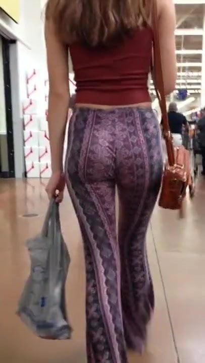 Big Booty White Girl Leggings