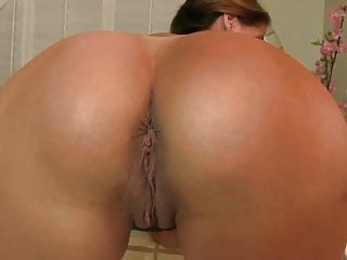 Hotty mature blowjobjob - Mature hottie
