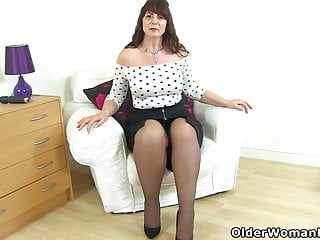 Adult swinging site scotland Curvy milf toni lace from scotland teaches you a lesson