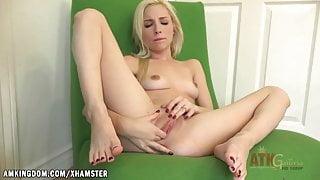 Piper Perri working hard on the cum