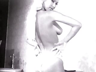 Cougars over 60 with perfect tits - Je taime - vintage 60s perfect body blonde tease