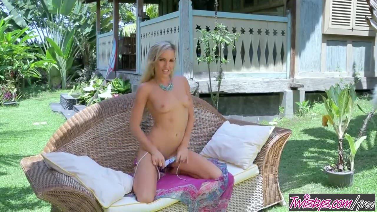 Aloa Free Porn Video twistys - aloha skye beetwistys
