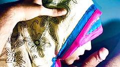 Индийская мусульманка в хиджабе, разноцветная глубокая глотка трахает дези