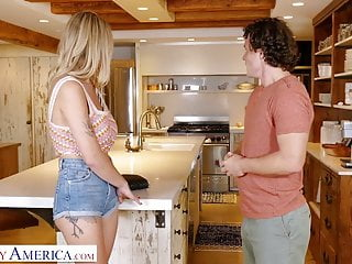 Naughty america deepthroat - Naughty america - katie hunt gabbie fucks her brothers fri