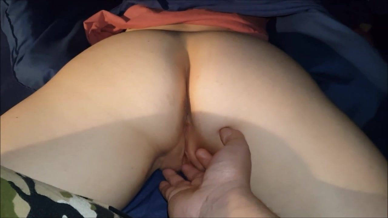 Sleepy step mom gets her pussy finger fucked
