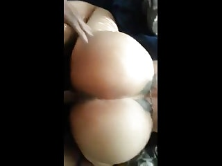Long strokes while fucking is better Phat booty gets long strokes