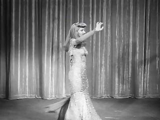 Vintage photos of dancers Vintage burlesque dancers