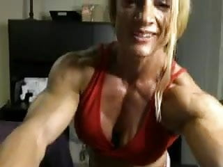 Hot woman body builder nude Blond muscular woman shows her nude body
