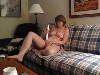 Big vibrator masturbate - Mrs. commish and big vibrator