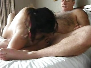 Video man gets blowjob Hairy older man gets blowjob