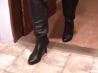 Femdom high heels boots pics - Boot lesson of madame elysia