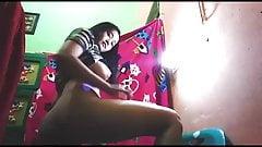 Natasya colmek pakai timun di kamar part.3