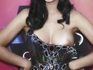 Are katy perrys boobs fake Katy perry uncovered