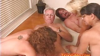 Granny sez lets ALL FUCK