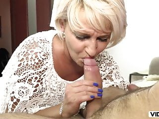 Afternoon Blowjob From Stepmom When Father Is Not At Home