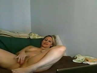 Naked girls pussy Naked saggy tits milf pussy tease