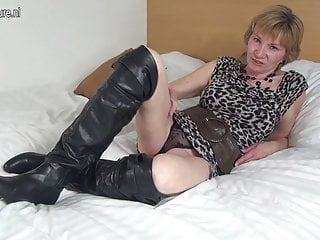 Wet horny milfs Horny dutch mature granny playing with her wet pussy