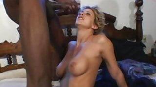 BBC For This Wild Caucasian Wifey Enjoying Herself