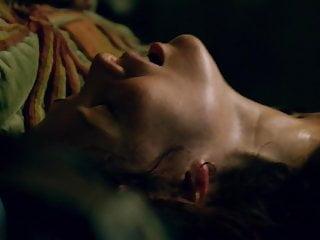 Saraph jessica parker nude Clara paget, jessica parker kennedy - black sails s02e03