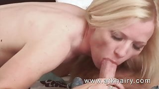 Mature and hairy Heidi Hanson gets cum on her bush