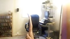 Uncle Jeb - Badd Blasian Beauty Shakes Her Booty!...