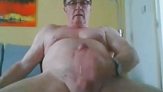 Daddy cums on cam