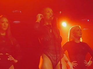 Patricia heaton boobs pics Niykee heaton - devil live