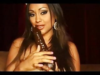 Indian doodhwala sex vids Mp777 vids 2