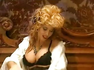 Fat oldies pussy - Oldie but goldie - italian -2-
