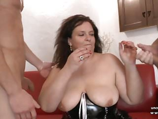 Amateur 3way dvd - Amateur bbw french mom hard analyzed and fisted in 3way