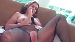 Nasty housewive masturbating