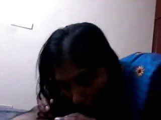 Nude indian women saree - Andhra aunty blowjob and saree strip