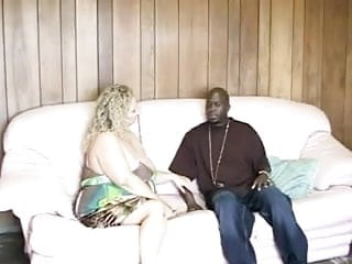 Free interracial picture samples - Bbw serena sutherland samples some black meat