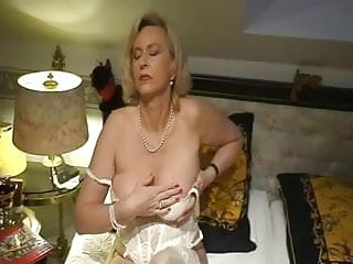 Featured Mature Lingerie Porn Videos   xHamster