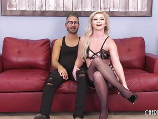 Oral sex and gonorrhea Blonde beauty pounded hard in live show after oral sex and t