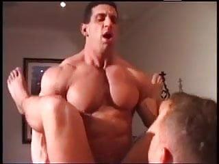 Body builder gay sex