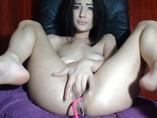 Alexis shady cunt - Alexis - fingers her cunt and cum