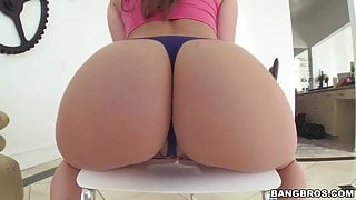 Bubble Butt Dani Daniels Takes Big Cock
