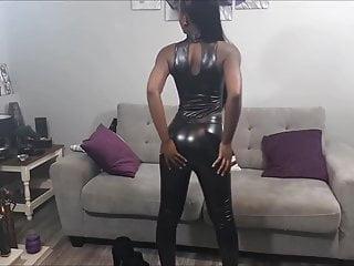 Leg picture sexy stocking woman Sexy ebony woman in shiny leggings