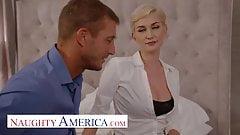 Naughty america - tu agente de bienes raíces personal skye blue