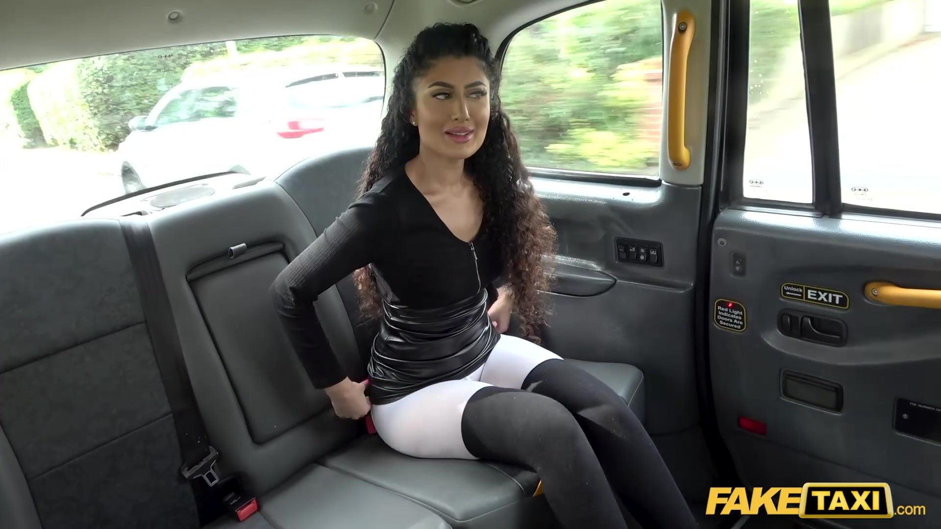 Female Fake Lesbian Taxi
