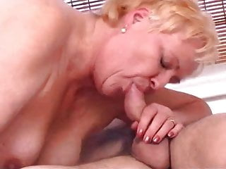 Plump old women fucking - Plump granny fucks the boy
