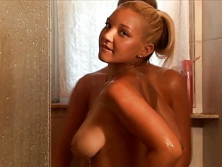 Christina-model naked Christina model shower beauties