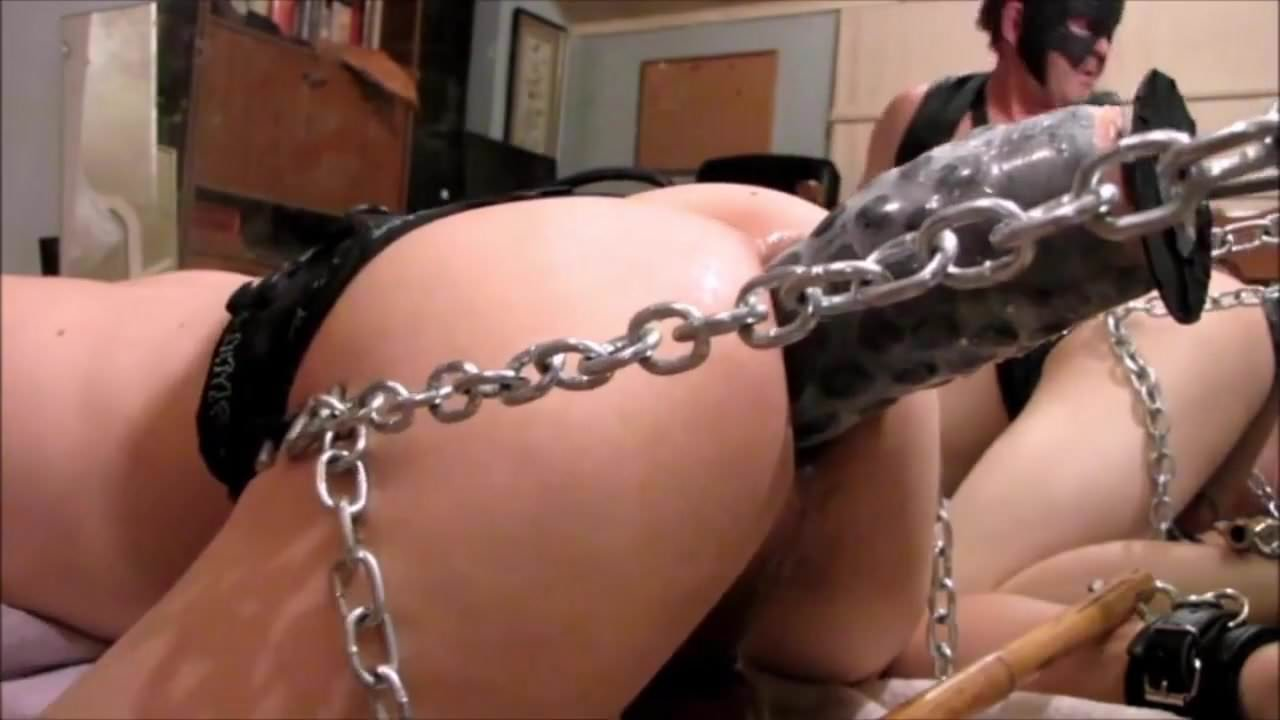 girl cums while masturbating