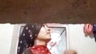 Indian Hot Bhabhi Selfie Video