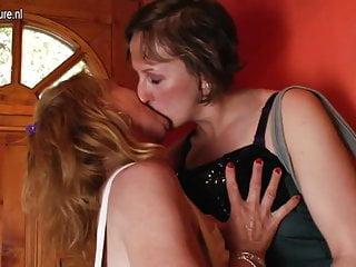 Clips mature lesbians - Two mature lesbians go crazy in da house