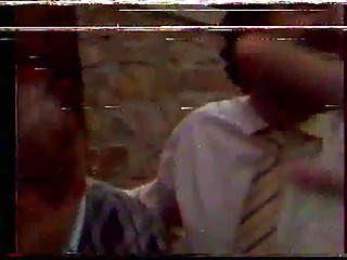 Aussie jewel sex Je mouille aussi par derriere 1983