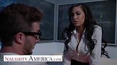 Naughty America - Gia Milana teaches Lucas how to fuck in cl