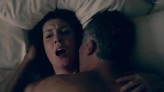 Melanie Lynskey - Togetherness S02E01