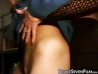 Females wanting thier pussies eaten Kinky dykes have their pussies eaten and finger fucked deep
